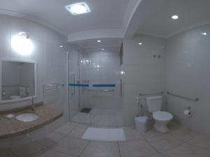 Apt. 105-Banheiro-