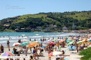 Praia central de Garopaba